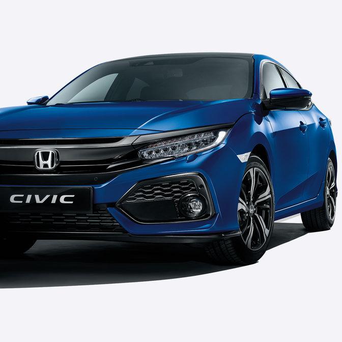 Driekwart vooraanzicht Honda Civic.