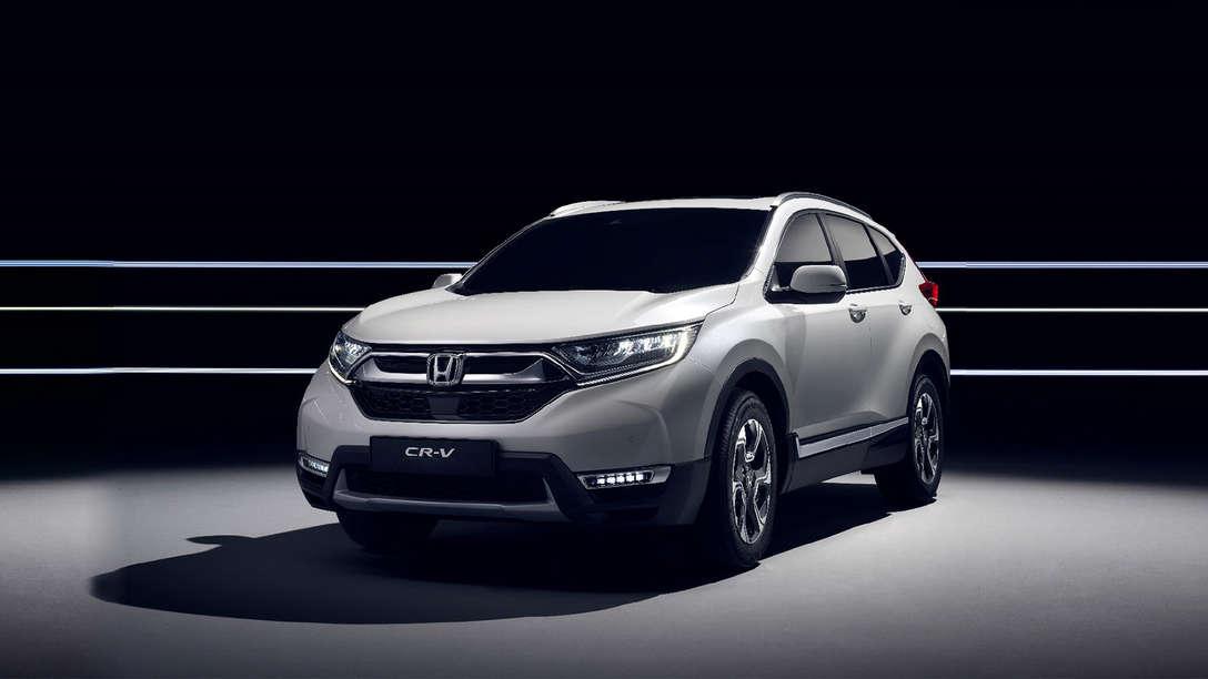 Voor-/zijaanzicht geavanceerde hybride aandrijving Honda CR-V.