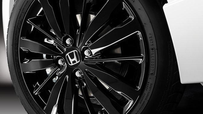 Close-up velgen Honda Jazz Dynamic.